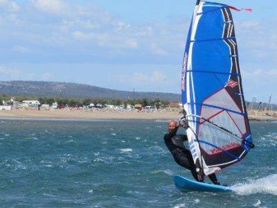 Pole Nautique Gruissan Windsurf