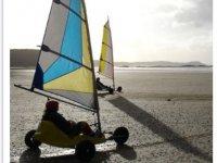 Char a voile sur les plages d Erquy