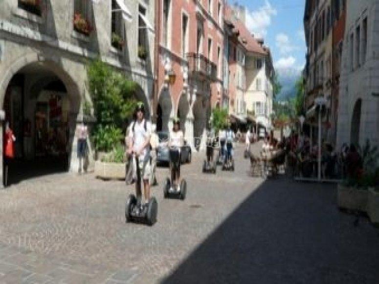 A la decouverte d Annecy sur 2 roues