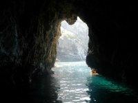 Grottes en kayak de mer