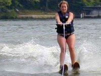 ski nautique avec blue wake