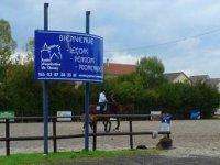 Bienvenue au centre equestre de chesny