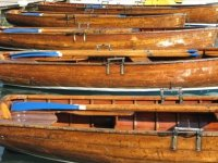 Les barques a rame ou a moteur