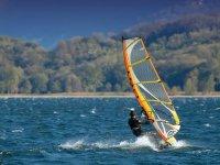 Planche a voile au lac Leman