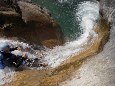 Les Guides du Verdon et des Calanques Canyoning