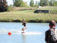Ecole de wakeboard sur le lac
