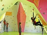 Ecoles d escalade sur falaises et sur blocs