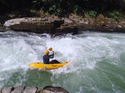 A Boste Sports et Loisirs Kayak