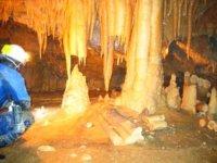 Partez à la découverte du monde souterrain des Pyrénées Atlantiques