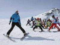 Pendant un cours de ski