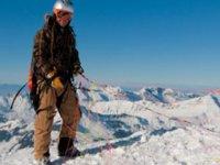 Parapentiste a la montagne
