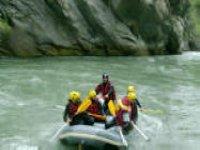Decouvrez le parc national des Ecrins en Raft
