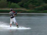 Gagner en stabilite et confiance en wakeboard