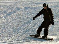 Decouvrir le snowboard en Savoie