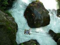 Parcours Akrobranche au dessus des cascades