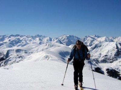 Adhoc Ski