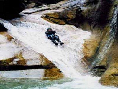 Aqua-Vertige Canyoning