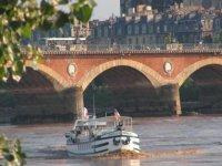 croisieres et balades en bateau a Bordeaux