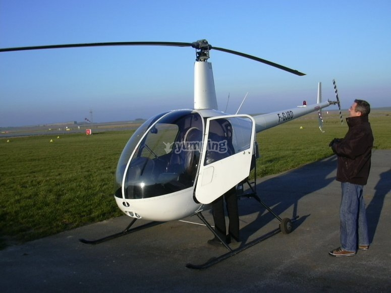 30 minutes de vol en helico a Toussus le Noble