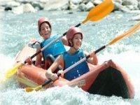 Descendez les rivieres des Hautes Pyrenees en Canoe Raft
