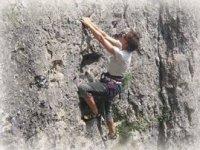 Escalader les falaises des Pyrenees avec Le Club Sportif Isaby Escalade