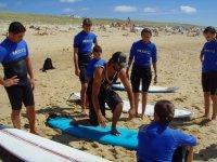 Demonstration avant la sceance de surf