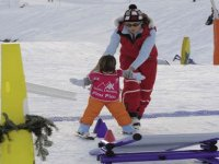 Enfant de 3 ans au sport d hiver