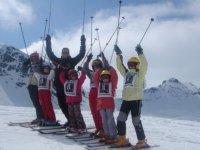 Cours de ski haut niveau pour les adolescents