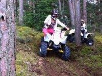Randonnee quad pour les enfants en terrain prive