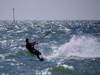 Venez découvrir le kite surf
