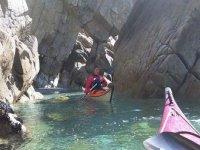 Kayak dans les criques pour adultes