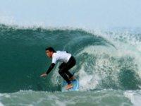 Ecole de surf dans le 50