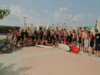 Cours de surf pour grands groupes dans le 40