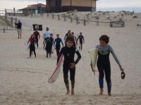 Cours de surf en groupe