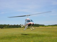 Bell 206 au decollage