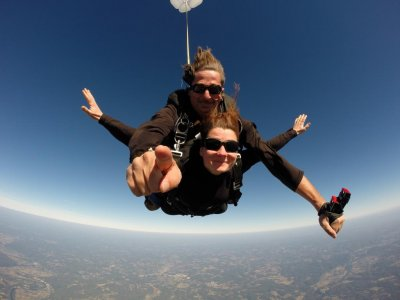 Saut en parachute tandem + Vidéo en Périgord noir
