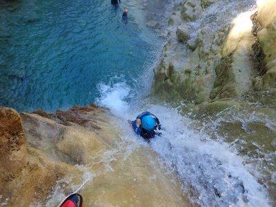 Journée entière de canyoning à Laruns - 2 canyons