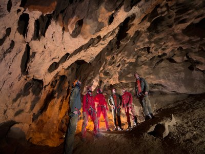 2h30 de spéléologie aux Grottes des Canalettes