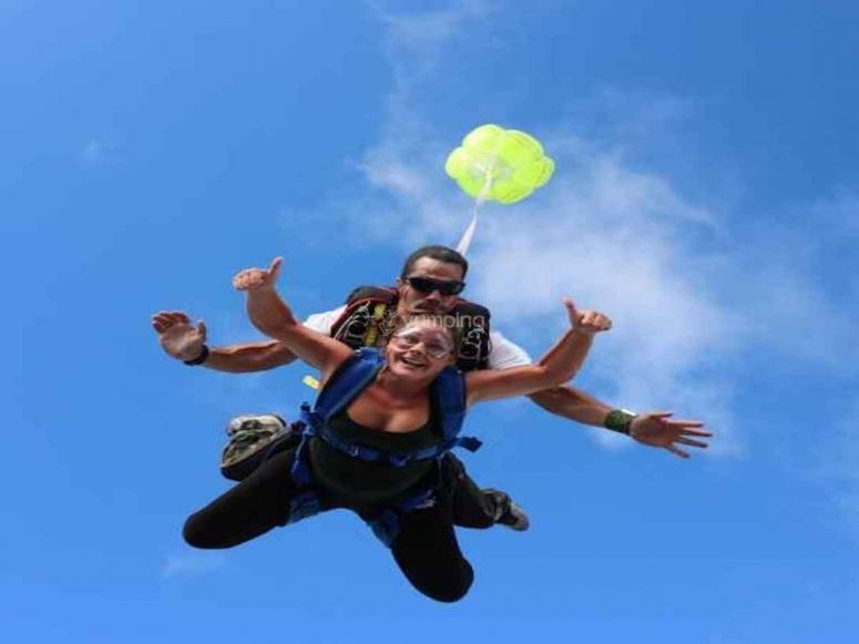 Lors de l'ouverture du parachute