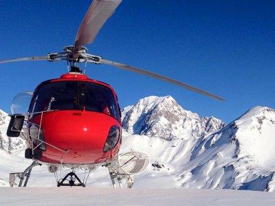 Vol en hélicoptère de 15 MIN à la Tête du Ruitor