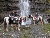 Cascades de la Haute Savoie a cheval