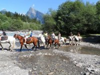 Sortie a cheval aux bord du Giffre