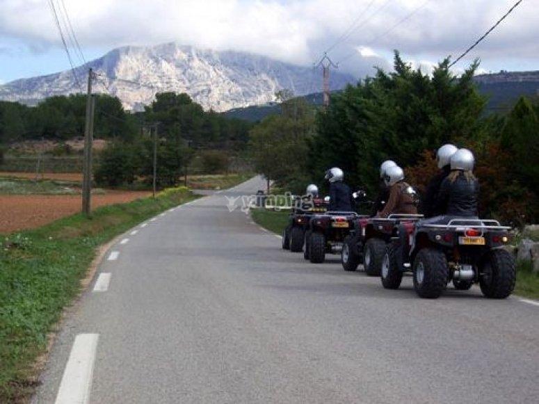 Circuits Touristiques Quad en Provence