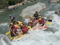 Sortie rafting en groupe a Sainte Eulalie d Olt