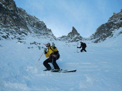 Descente de ski hors piste à la Vallée Blanche 1J