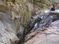 Venez faire du canyoning en groupe