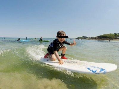 Surfing Locquirec Surf