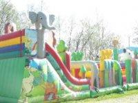Terrain de jeux pour enfants dans le 23