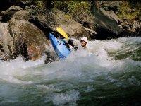 Kayak gonflable dans les Pyrenees