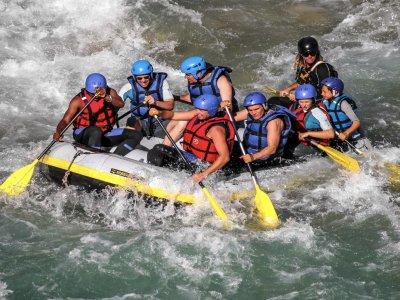 Aquabond Rafting